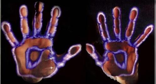 hand-kirlian-33500_497x270